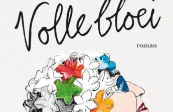 Volle bloei van Hetty Kleinloog