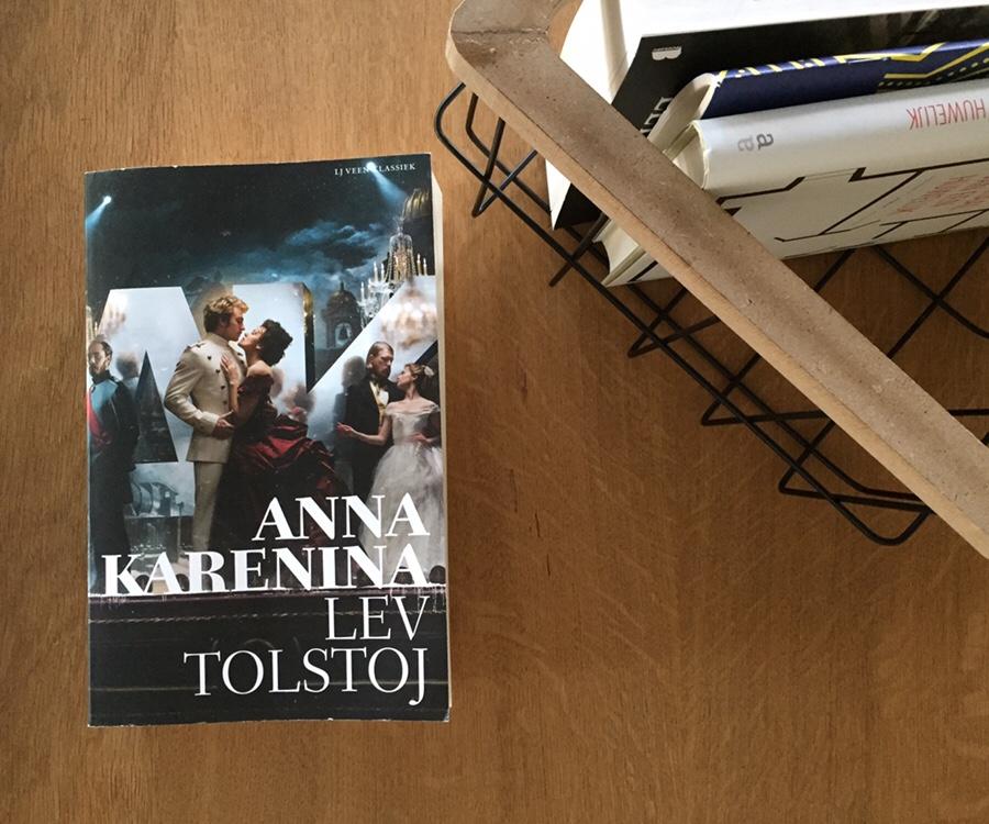 Wij lezen Anna Karenina van Tolstoj